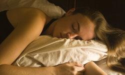7 สิ่งอันตรายที่ไม่ควรทำก่อนเข้านอน ไม่งั้นร่างพังแน่นอน