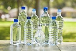 ดื่มน้ำให้ได้วันละ 8 แก้ว จำเป็นจริงหรือเรื่องหลอกลวง?