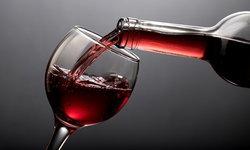 """ผลวิจัยเผย ดื่ม """"ไวน์แดง"""" ช่วยเพิ่มโอกาสการตั้งครรภ์"""