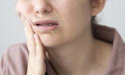 """""""มะเร็งช่องปาก"""" น่ากลัวกว่าที่คิด ไม่รีบรักษา เสี่ยงหน้าทะลุ"""
