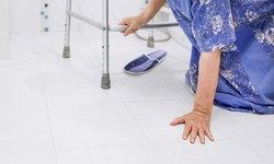 """ผู้สูงอายุเดินช้า ก้าวขาไม่ออก ทรงตัวไม่ดี เสี่ยงภาวะ """"โพรงน้ำในสมองโต"""""""