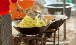 อาหารร้านแผงลอย อันตรายหรือไม่ ในช่วงฝุ่นละออง PM 2.5