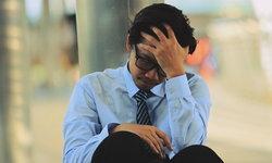 """""""เครียด"""" เกินไป หรือกำลัง """"หมดไฟในการทำงาน"""" (Burnout Syndrome)"""