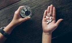 """""""ใช้ยาไม่สมเหตุผล"""" ต้นเหตุ """"ดื้อยา"""" อันตรายที่คนมองข้าม"""