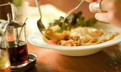 """กิน """"เค็ม"""" เกินวันละ 1 ช้อนชา เสี่ยงความดันสูง-โรคไต-หัวใจ"""