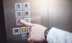 โควิด-19: กลอนประตู-ที่จับต่างๆ ควรทำความสะอาดบ่อยแค่ไหน?