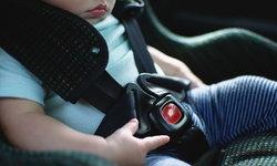 """""""คาร์ซีท"""" (Car Seat) เบาะรถยนต์สำหรับเด็ก กับสิ่งที่พ่อแม่ควรรู้ก่อนใช้งาน"""