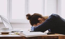 """6 วิธีจัดการอารมณ์แก้เครียดช่วง """"กักตัว-Work From Home"""" อย่างสร้างสรรค์"""