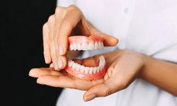"""""""ฟันปลอม"""" ชำรุด ควรรีบเเก้ไข เสี่ยงอันตรายถึงชีวิต"""