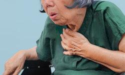 """อาการ """"สำลัก"""" ภัยเงียบอันตรายของผู้สูงอายุ"""