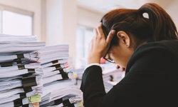 สัญญาณความเครียดสะสม อาจเสี่ยงทำร้ายตัวเอง