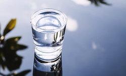 """""""น้ำดื่มอัลคาไลน์"""" มีประโยชน์ต่อสุขภาพจริงหรือ?"""