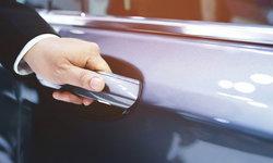 """5 จุดซ่อนเชื้อโรคบน """"แท็กซี่"""" แนะเลี่ยงสัมผัส-ทำความสะอาดบ่อยๆ"""