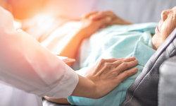 """นวัตกรรมใหม่รักษา """"มะเร็งเต้านม"""" ด้วยการแพทย์แบบแม่นยำ (Precision Medicine)"""