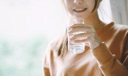 """""""อย่ากินมากเกินไป"""" วิธีการดูแลสุขภาพแบบญี่ปุ่นเมื่อต้อง Work From Home"""