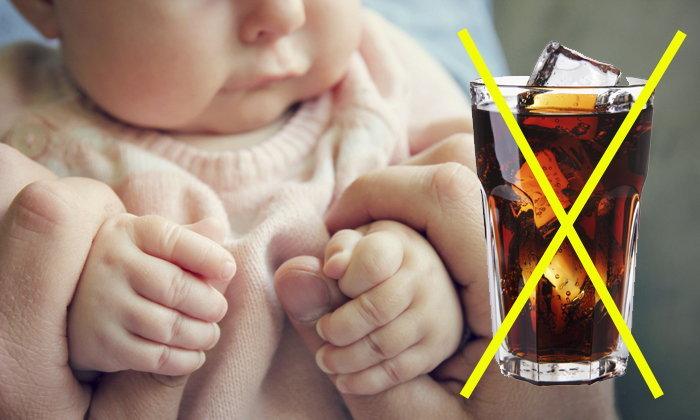 เตือนภัย! เด็กอ่อน 4 เดือน ลำไส้ทะลุเพราะแม่ให้ดื่มน้ำอัดลม