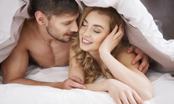 เปิดผลวิจัยใหม่ มีเซ็กซ์ถี่แค่ไหน? ทำให้ชีวิตคู่แฮปปี้และฟินสุดๆ !!