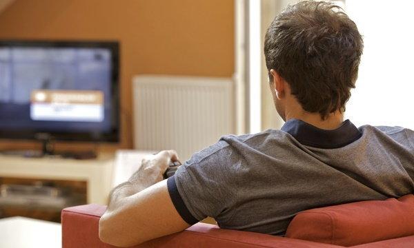 """คอทีวีต้องอ่าน! เตือนดูโทรทัศน์มากไป กระทบ """"เชาวน์ปัญญา"""""""