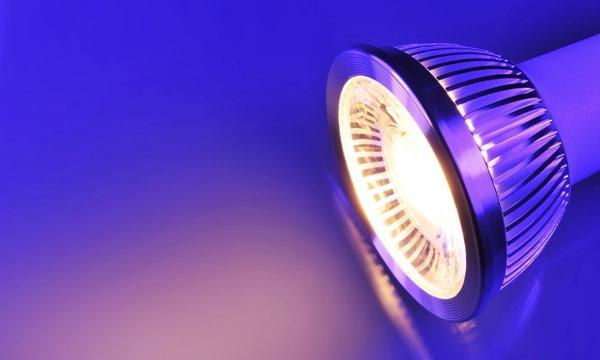 แพทย์สหรัฐเตือน! ไฟ LED อันตรายต่อสุขภาพ