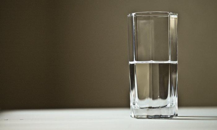 """สุขภาพดีขึ้นทันตา เมื่อดื่มน้ำ """"ถูกปริมาณ ถูกเวลา"""""""