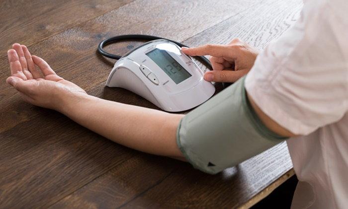 วัดความดันโลหิต ป้องกันโรคได้สารพัด