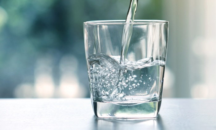 """4 ลักษณะของ """"น้ำดื่ม"""" ที่ควรหลีกเลี่ยง ก่อนเสี่ยงโรค"""