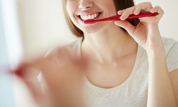 """เทคนิคที่ควรรู้เกี่ยวกับการ """"แปรงฟัน"""" เพื่อรอยยิ้มสวยสดใส"""