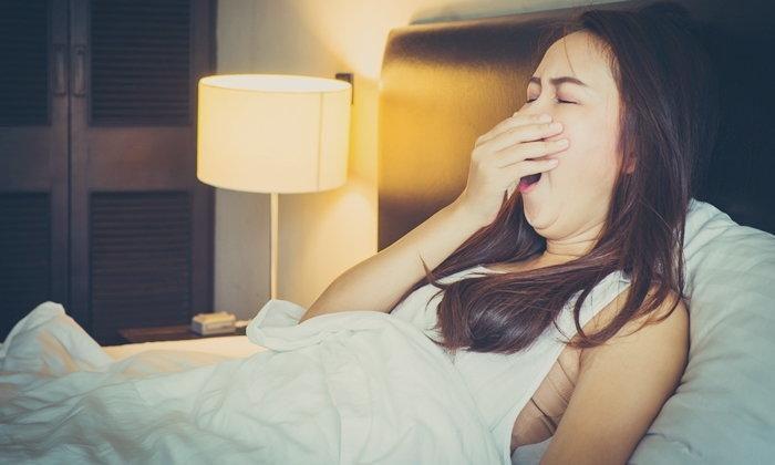 5 สิ่งที่ไม่ควรทำก่อนนอน ถ้าไม่อยากนอนไม่หลับ