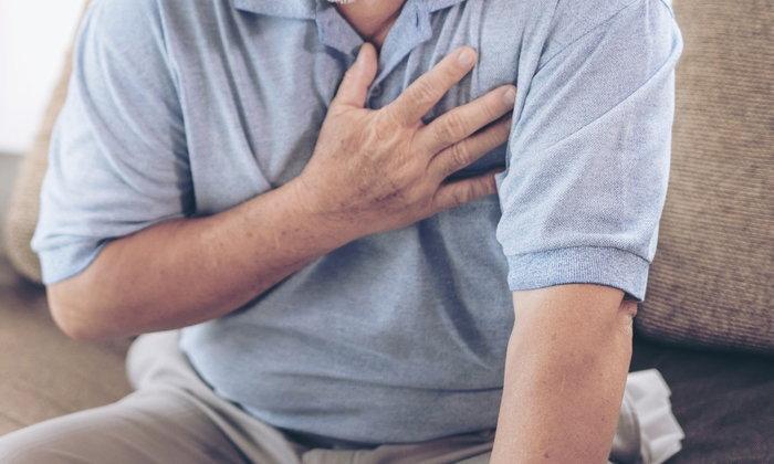 """อันตรายของโรค """"ลิ้นหัวใจเสื่อม"""" กับเทคนิคการรักษาโดยไม่ต้องผ่าตัดใหญ่"""