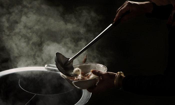 """5 อาหารสตรีทฟู้ดในไทยที่พบ """"เชื้ออีโคไล"""" เสี่ยง """"ท้องร่วง"""" มากที่สุด"""
