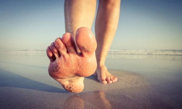 """แบบนี้ก็ได้เหรอ """"วิ่งเท้าเปล่า"""" ดีต่อสุขภาพมากกว่าที่คุณคิด"""