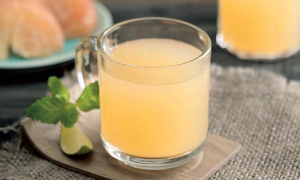 """สูตรเครื่องดื่ม """"ชาส้มโอผสมน้ำผึ้ง"""" อร่อยสดชื่นต้านหวัด"""