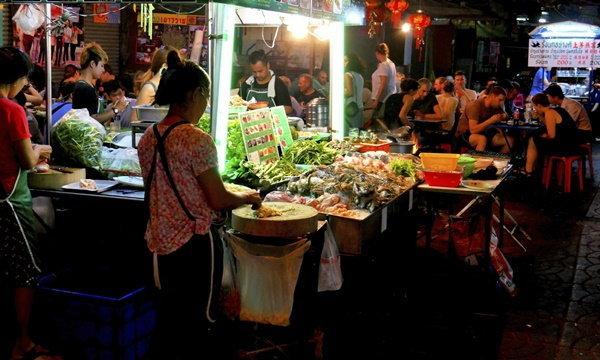 อาหารริมฟุตบาท สาเหตุท้องร่วง-อาหารเป็นพิษ?