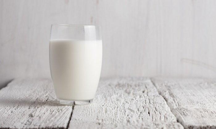 """รู้หรือไม่? ดื่มนมวันละแก้ว ลดความเสี่ยงเป็นโรค """"เกาต์"""""""
