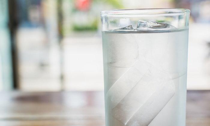 5 เหตุผลที่ไม่ควรดื่มน้ำเย็นในหน้าร้อน