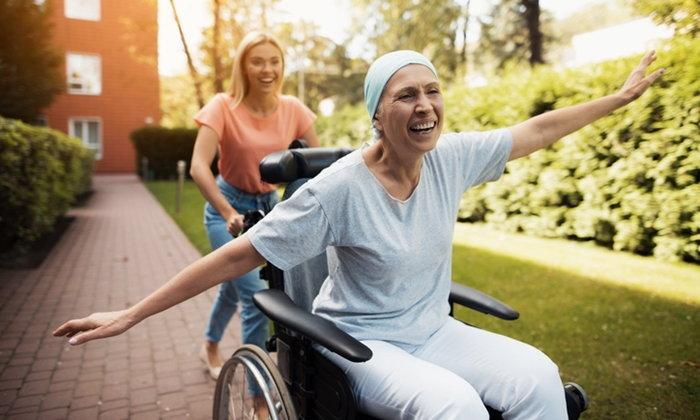 """6 วิธีเอาชนะ อาการอ่อนล้า จากการรักษา """"มะเร็งเต้านม"""""""