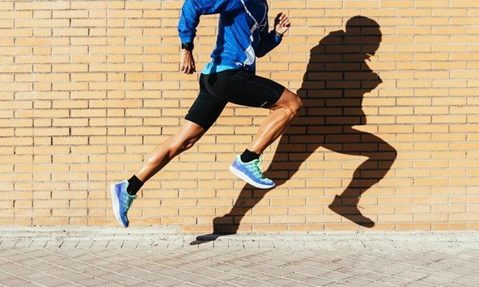 วิ่ง VS เดินเร็ว แบบไหนเผาผลาญพลังงานได้มากกว่ากัน?