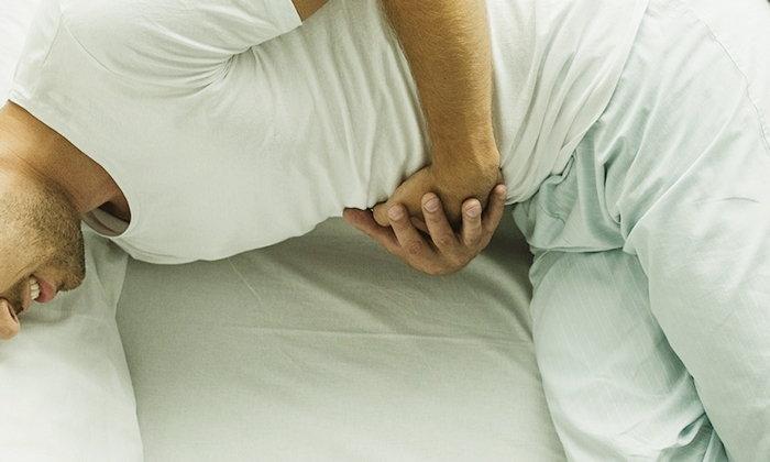 """สัญญาณเตือน 9 โรคอันตรายในช่องท้อง """"ปวดท้อง"""" แบบไหนควรระวัง"""