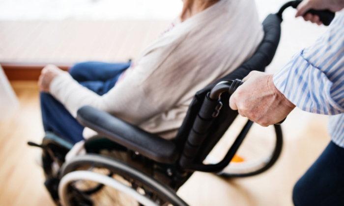 """วิธีฟื้นฟูร่างกายของผู้ป่วยที่พิการจากโรค """"หลอดเลือดสมอง"""""""