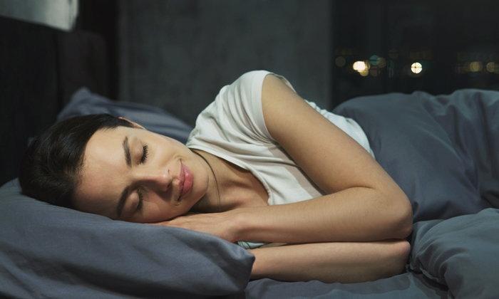 ทำความรู้จัก REM Sleep สาเหตุของการนอนหลับไม่สนิท