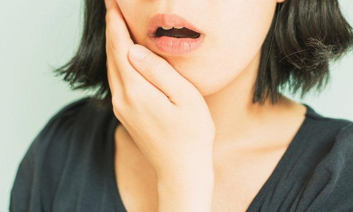 """""""ฟันสึก-กร่อน"""" จากฟันผุ กัดของแข็ง นอนกัดฟัน ต้องรีบรักษา เสี่ยง """"ฟันตาย"""""""