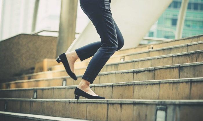 """6 วิธีเปลี่ยน """"ไลฟ์สไตล์"""" ที่ช่วยให้สุขภาพดีขึ้นมากกว่า """"ลดน้ำหนัก-ออกกำลังกาย"""""""
