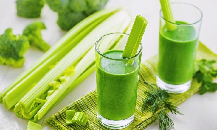 """ประโยชน์ของ """"น้ำเซเลอรี่"""" เครื่องดื่มผักสีเขียว ดีต่อสุขภาพ"""