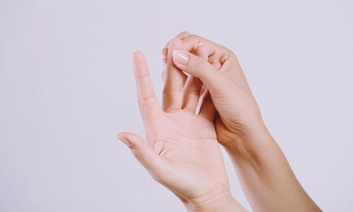 7 ท่าบริหารนิ้วมือ ลดปวดเมื่อย-เสี่ยงนิ้วล็อก สำหรับคนใช้คอมฯ-มือถือบ่อย