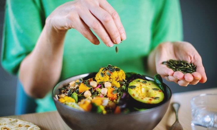 """วิธี """"กินอาหารให้เป็นยา"""" เคล็ดลับสุขภาพดีจากอาหารที่ควรกิน-ควรลด"""