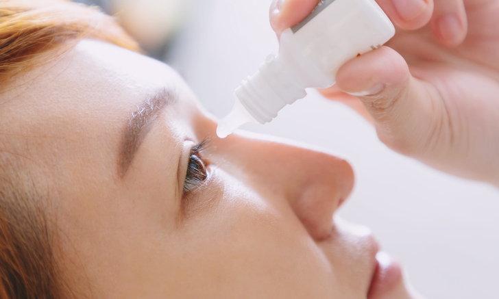 """""""น้ำตาเทียม"""" ตัวช่วยของคนตาแห้ง กับข้อควรรู้ในการเลือกใช้ให้เหมาะสม"""