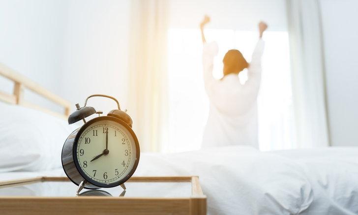 5 วิธีตื่นนอนแล้วไม่ง่วง สดชื่นแม้จะตื่นเช้า