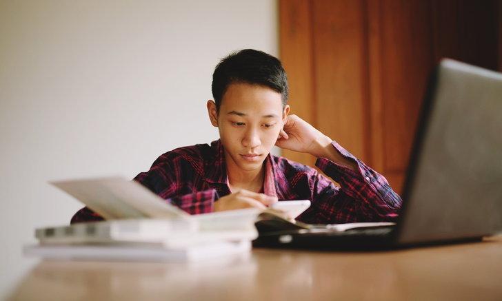"""ทำไม """"โควิด-19"""" ทำสุขภาพจิตเด็ก-วัยรุ่นไทยแย่ลงอย่างต่อเนื่อง"""