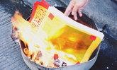 """วันตรุษจีน 2563 รัฐวอนอย่าเผา """"กระดาษเงิน-ทอง"""" เสี่ยงเพิ่มฝุ่น PM 2.5"""