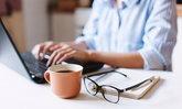 Work from Home Syndrome ภัยร้ายจากการทำงานอยู่บ้าน